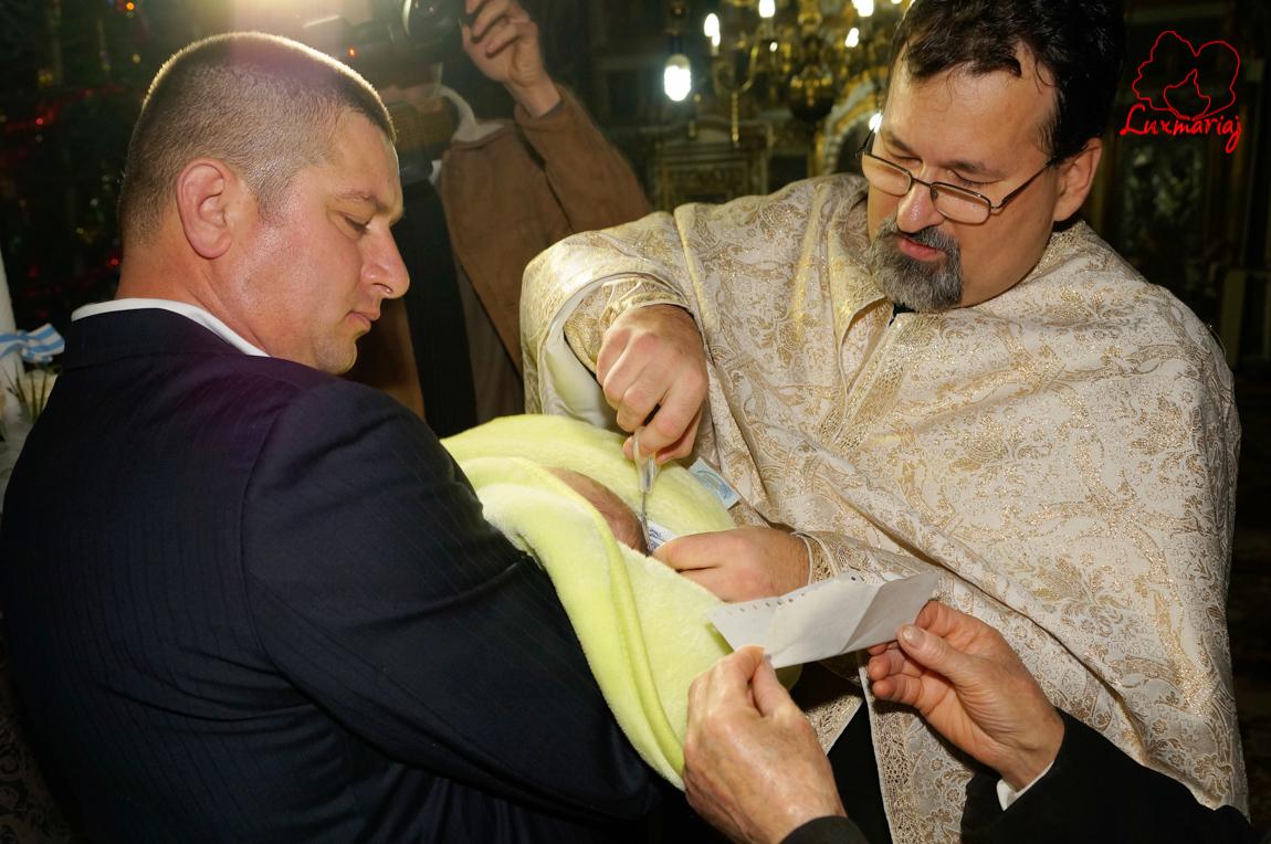 Fotografii botez Alexandru Mihai din Iasi -19
