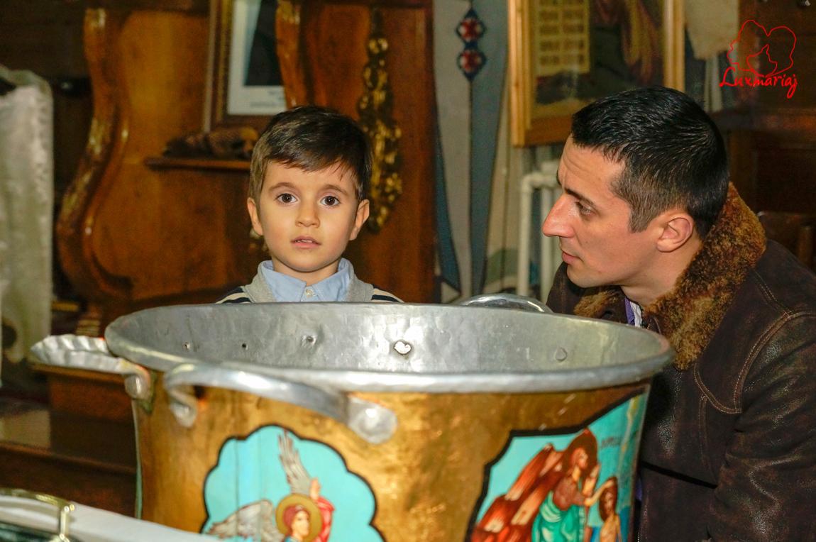 Fotografii botez Alexandru Mihai din Iasi -23