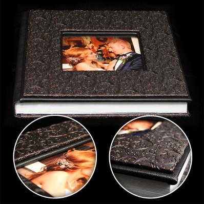 Model B .Album  Nunta 30x30 cm. Piele ecologica neagra + aramiu floral + fotografie - 300